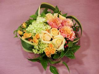 オレンジ薔薇とアジサイのアレンジメント:ar-031